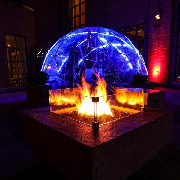 Toronto'daki İgloda Romantik Bir Akşam Yemeğinin Keyfini Çıkarabilirsiniz!