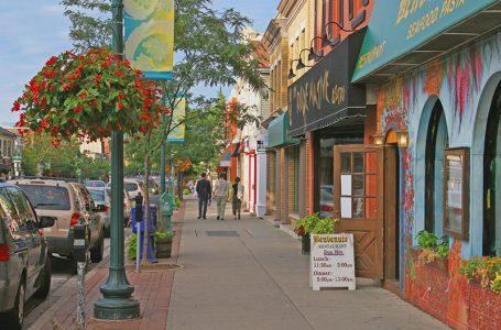 Oakville Göçmenler için En İyi Kanada Şehri Seçildi