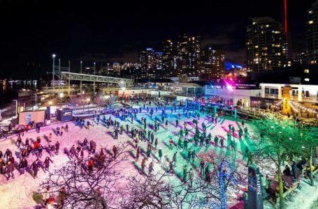 Toronto'daki Renkli Paten Alanında En İyi Arkadaşlarınızla Neon Paten Yapabilirsiniz