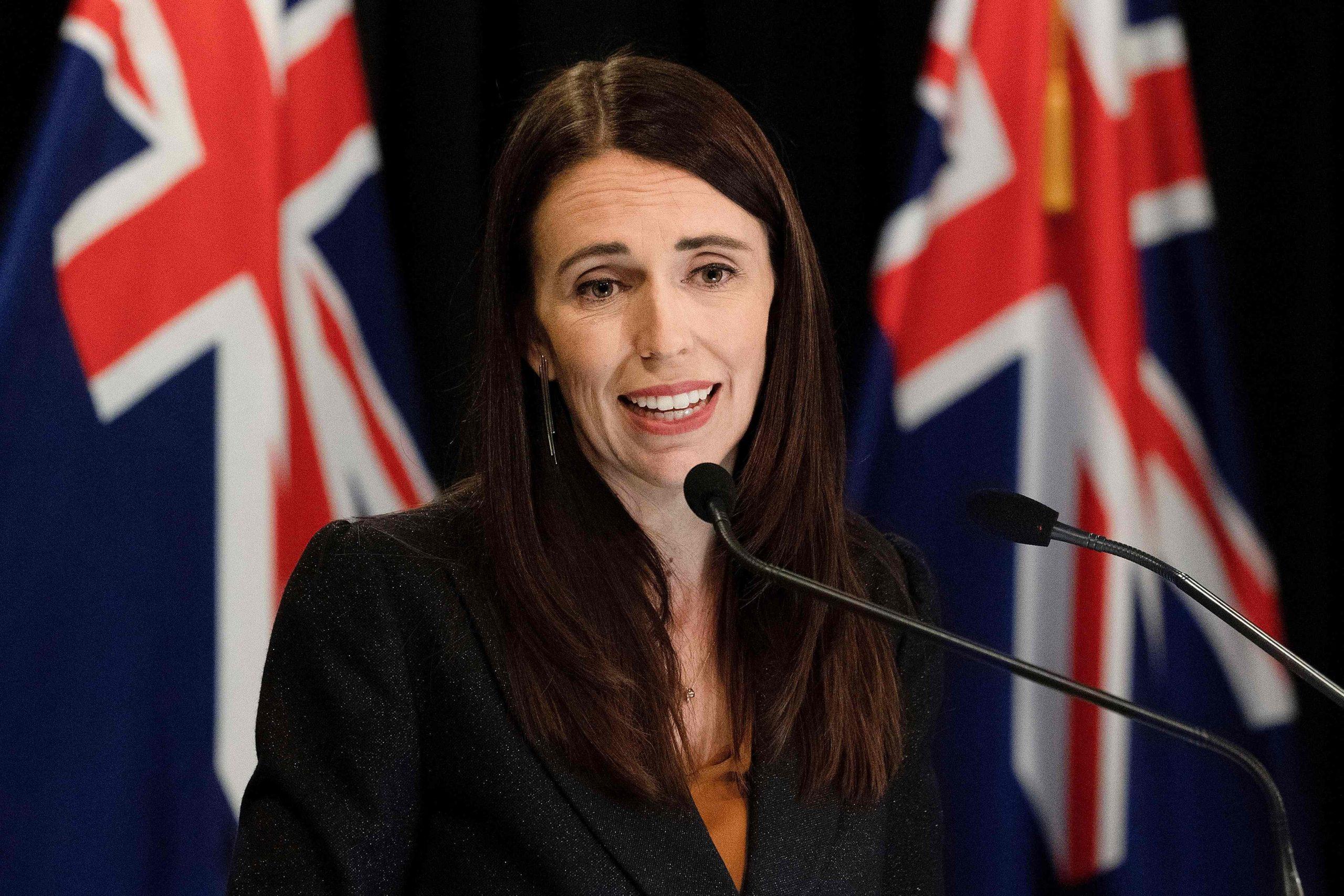 Yeni Zelanda Basbakanindan Buyuk Koronavirus Adimi